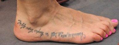 Melissa Satta, il tatuaggio sul piede